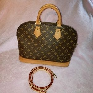 100% Authentic Louis Vuitton Alma PM monogram